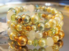 Green Is Golden Memory Wire Bracelet | hollyshobbiesncrafts - Jewelry on ArtFire