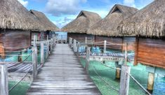 Free photo Tropical Over Water Bungalows Vacation Bora Bora - Max Pixel Cool Places To Visit, Places To Travel, Travel Destinations, Travel Stuff, Vacation Places, Gili Lankanfushi, Dubai, Overwater Bungalows, Blog Voyage