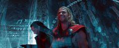 Chris Hemsworth and Tom Hiddleston. Via Twitter.