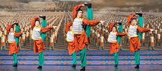 Trabalhando em união para apresentar uma dança semi-divina | #China, #Comunicação, #Coreografia, #CulturaChinesa, #DançaClássicaChinesa, #Disciplina, #Limitações, #Masculinidade, #Orquestra, #PatrickTrang, #SharAdams, #ShenYunPerformingArts