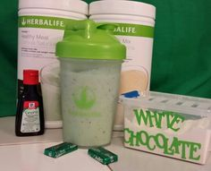 HERBALIFE SHAMROCK SHAKE 8 oz water 8 oz ice 1 scoop Vanilla PM 2 scoops Mint…
