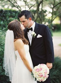 How gorgeous is this veil? http://www.stylemepretty.com/california-weddings/2015/06/19/elegant-california-coast-inspiration-shoot/ | Photography: Mint Photography - http://mymintphotography.com/