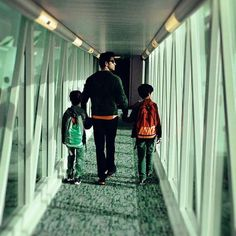 IIFA 2016: Hrithik Roshan Spotted Leaving For Madrid With Sons Hrehaan and Hridaan! , http://bostondesiconnection.com/iifa-2016-hrithik-roshan-spotted-leaving-madrid-sons-hrehaan-hridaan/,  #FAROCKS #HREHAAN #HRIDAAN #HrithikRoshan #IIFA2016II