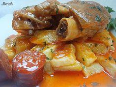 Con sabor a canela: Manitas de cerdo en salsa