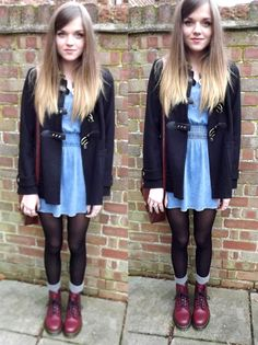 This is so cute! Looking for outfit ideas to go along with my new cherry doc martens :)