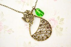 Owl Necklace, Antique Brass Owl Tree Necklace, Tree Necklace, Tree Branch,Owl Pendant, Owl Jewelry, Green Glass, Leaf Necklace, Filigree Pendant, Vintage Style, Autumn Fall