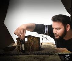 O artista Vatsal Kataria cria diversas miniaturas de lugares que ele vê em seus sonhos e então os fotografa. Os resultados são realmente surpreendentes! De acordo com ele, cada cenário leva em média 2 meses para ser finalizado.