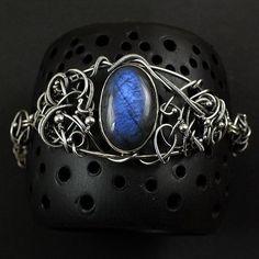 Blue labradorite bracelet Wire wrap bracelet by MadeBySunflower
