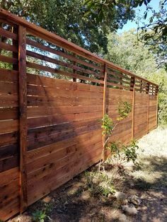 8-foot-custom-horizontal-fence-with-slat-top-stained