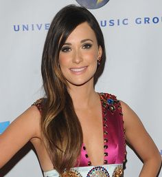 You can have beautiful hair color like Kacey Mugraves. Beautiful hair color starts with Aloxxi Hair Color.