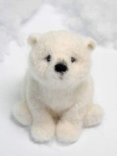 needle felted polar bear  http://www.bearpile.com/item/107811