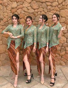 Kebaya Dress, Kebaya Muslim, Lace Skirt, Fur Coat, Skirts, Jackets, Outfits, Dresses, Fashion