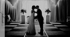 dancefloor kiss #wedding #insperation www.pcbenade.co.za
