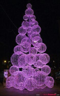 Wire balls of lights