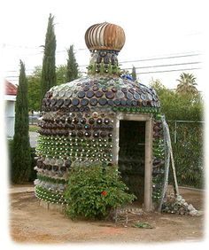 Glass bottle structures