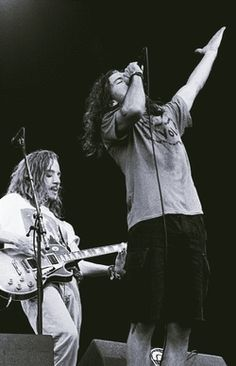Early days of Pearl Jam - Stone Gossard and Eddie Vedder