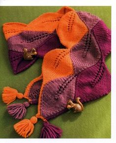 are Art: Autumn Leaves Scarf Free pattern! Leaf Knitting Pattern, Knitting Patterns Free, Knit Patterns, Free Knitting, Free Pattern, Knitted Shawls, Crochet Shawl, Knit Crochet, Crochet Leaves