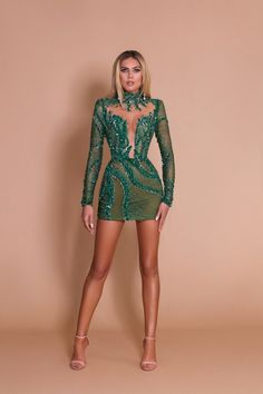 Classy Dress, Classy Outfits, Stylish Outfits, Ball Dresses, Short Dresses, Prom Dresses, Green Evening Gowns, Evening Dresses, Custom Dresses
