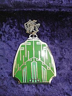 RARE ART DECO ENAMEL COMPACT.  Click the image for more information.