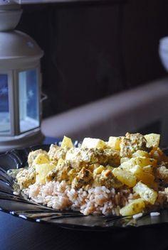 Kurczak w sosie jogurowym z ananasem. | YUMMYRECIPES