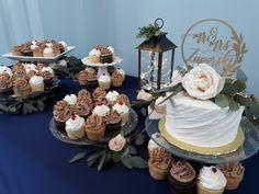 Simple Wedding Cake, Cupcake Wedding, Wedding Trends, Wedding Planning, Swipe Pattern Cake, Buttercream Cake, Gourmet Cupcakes, Cupcake Wedding Trends, Cutting Cake