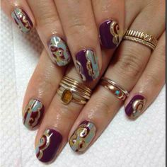 Pretty marble nails