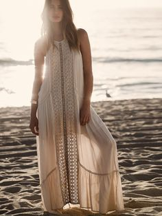 freepeople:The perfect beach look here!