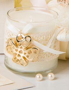 ιδιαίτερη μπομπονιέρα γάμου Pearl Necklace, Pearls, Sneakers, Wedding, Shoes, Jewelry, Fashion, Tennis, Moda