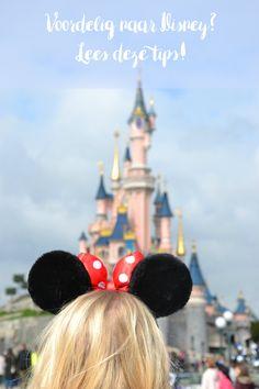 Wil je voordelig naar Disneyland Parijs? Lees dan dit artikel voor mijn tips over het vervoer, het verblijf en hoe je het voordeligst aan tickets kunt komen!