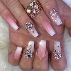Imagen de diamond and nails