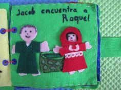 Las vestimentas de Jacob y Raquel son despegables, para eso se utilizó velcro.