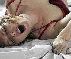 Wusstest Du, dass eine Frau auf zehn verschiedene Arten zum Höhepunkt kommen kann? Nein? Dann aufgepasst! Wir verraten die zehn Orgasmus-Arten einer Frau.
