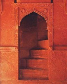 Orange is the New Black, Moroccan doorway, MOrocco, orange doorway, ornate details Orange You Glad, Orange Is The New, Orange Aesthetic, The Doors, Happy Colors, Doorway, Stairways, My Favorite Color, Color Inspiration