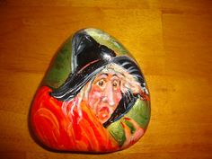 Halloween Witch hand painted on a Rock Painted Pavers, Painted Pebbles, Painted Stones, Hand Painted, Pebble Painting, Pebble Art, Stone Painting, Rock Painting, Halloween Art Projects