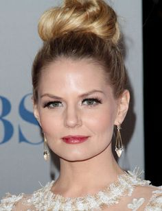 Jennifer Morrison's topknot works so well because of its volume and the fact that it's not placed directly on top of the head. To get a volu...