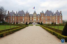French property is highly attractive to international buyers and the buying process in France is a familiar and relatively straightforward one