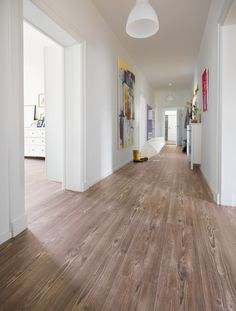 Find images and videos about style, home and house on We Heart It - the app to get lost in what you love. Laminate Flooring In Kitchen, Vinyl Plank Flooring, Hardwood Floors, Wood Flooring, Love Home, Home Deco, Beach House, Sweet Home, New Homes