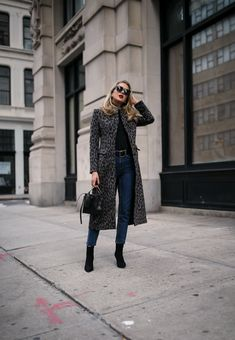 From dressy workweek to casual weekend and everything in between, these black boots have not left my feet! Nyc Fashion, Fashion 2018, Urban Fashion, Fashion Boots, Winter Fashion, Fashion Outfits, Fashion Spring, Teen Boy Fashion, Womens Fashion