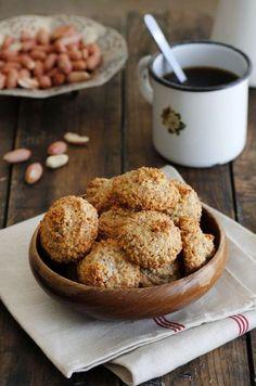 עוגיות בוטנים לפסח רק להקציף ולבשל אפשר להחליף בכל אגוז