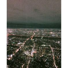Instagram【kkaesoonee】さんの写真をピンしています。 《#도쿄 #도쿄여행 #스카이트리 #도쿄출장 #skytree #예쁨 #야경 #東京 #スカイツリー #夜景》