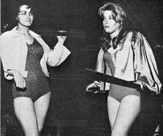Womens Pro Wrestling: Bette Boucher vs Vivian Vachon - Classic Womens Pro Wrestling