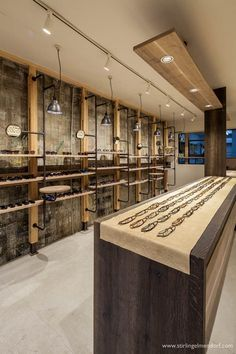 View the full picture gallery of Muura - Shot Brain Eyeglass Boutique Showroom Design, Shop Interior Design, Retail Design, Decoration Shop, Optometry Office, Jewelry Store Design, Eyeglass Stores, Eyewear Shop, Japan Store