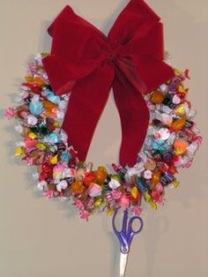 Christmas Candy Wreath - - Good for bringing to the grandparents' when we see them over Christmas?
