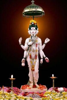 Audio Books on Hindu Philosophy of Jnana (Advaita Vedanta) and Bhakti Yoga : August 2013 Guru Wallpaper, Wallpaper Images Hd, Wallpaper Downloads, Indian Saints, Advaita Vedanta, Swami Samarth, Painting Edges, Gouache Painting, Bhakti Yoga