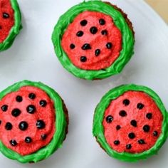 Cupcakes decorated like watermelons!!