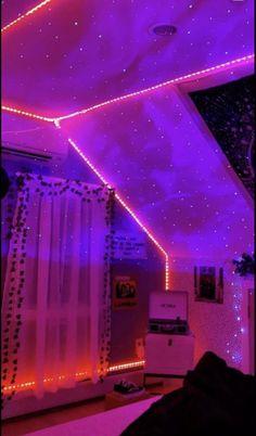 Indie Room Decor, Cute Bedroom Decor, Bedroom Decor For Teen Girls, Room Design Bedroom, Stylish Bedroom, Room Ideas Bedroom, Pinterest Room Decor, Neon Bedroom, Chill Room