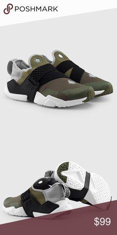652e32275c34 Nike huarache extreme sneakers Nike huarache extreme sneakers New with box  Size 5Y-women s 6.5