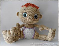 Amigurumi Aşkına Örgü Oyuncaklarım: Amigurumi Bezli Esmer Bebeğim-Örgü Oyuncak Bebek