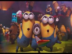 Minions are one of the most loved characters when it comes to animated movies. If you are like me who love watching Minions doing Pa-poy! Minions Happy Birthday Song, Minions Singing, Happy Birthday Kind, Birthday Gifs, Cake Birthday, Birthday Quotes, Despicable Me 2 Minions, Minion S, Minion Party