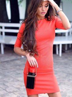 Платье короткое. Ткань стрейч-трикотаж.
